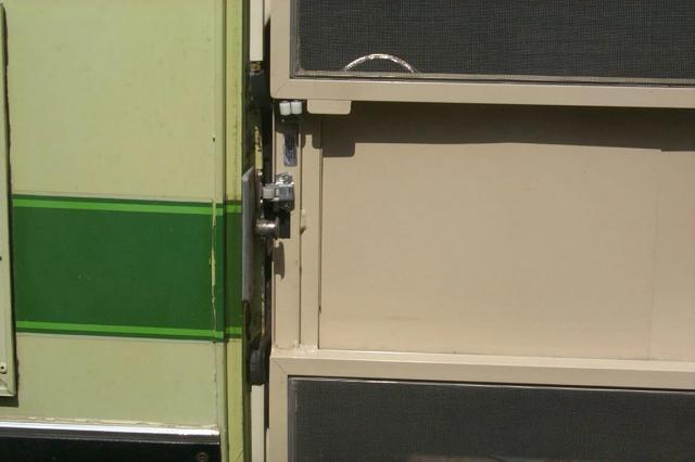 Here\u0027s a late model Alex Birch Screen Door for the GMC Motorhome & The Alex Birch Screen Door for the GMC Motorhome